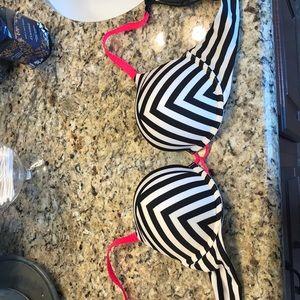 Victoria's Secret Bombshell bra 34B